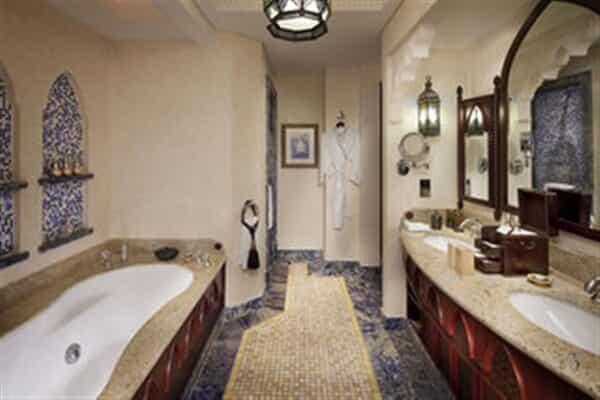 Отель Madinat Jumeirah Mina A'Salam Hotel