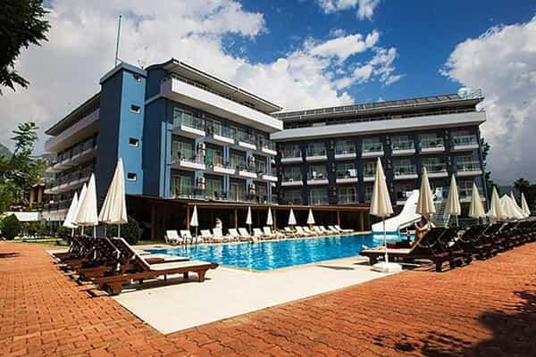 Отель Monna Roza Beach Hotel