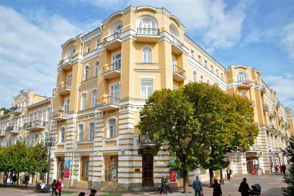 Отель Нарзан (Кисловодск)