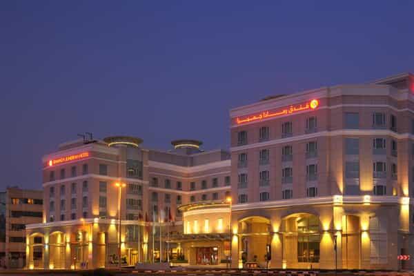 Отель Ramada by Wyndham Jumeirah Hotel.