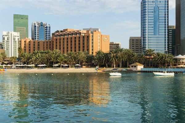 Отель Sheraton Abu Dhabi Hotel & Resort