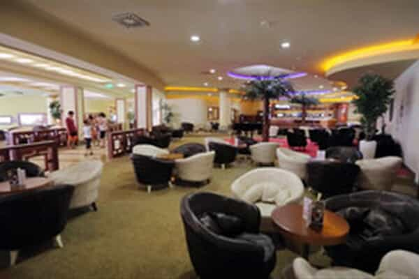 Отель Sueno Hotels Beach Side