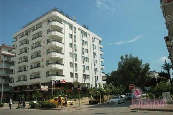 Отель Suite Laguna Hotel