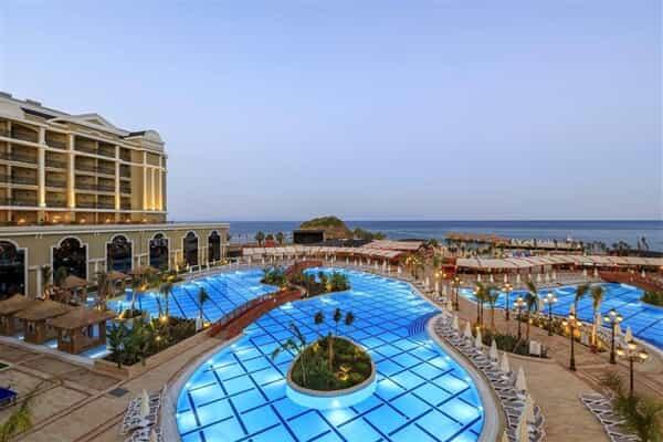 Отель Sunis Hotels Efes Royal Palace Resort & Spa