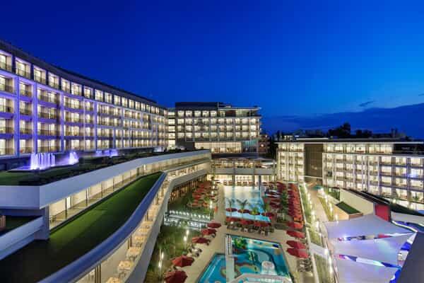 Отель The Sense De luxe Hotel