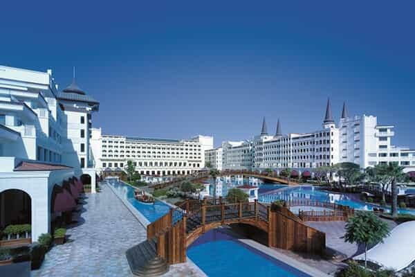 Отель Titanic Mardan Palace