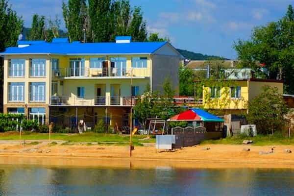 Отель Золотые пески (Феодосия)